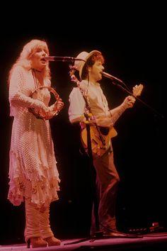 Stevie Nicks and Lindsey Buckingham 1982 live