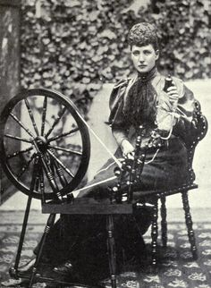 carolathhabsburg:  Alexandra, Pss of Wales and an Spinning Wheel. Mids 1890s.