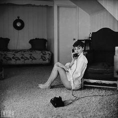 50 Unique Portraits from Life (11) Audrey Hepburn