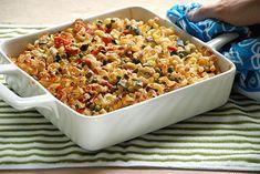 Vegan Baked Pasta and Veggie Casserole Real Food Recipes, Vegan Recipes, Cooking Recipes, Pasta Pie, Veggie Casserole, Vegan Baking, Vegan Food, Vegan Pasta, Vegan Dishes