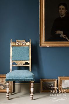 Aubusson & Provence is one of the colour combinations in the new Annie Sloan Coloured Linen fabric collection. The fabrics in this collection feature yarns dyed to match the Chalk Paint® palette, with