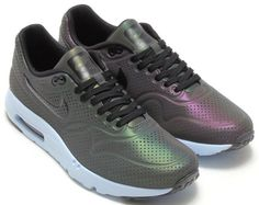 Nike Air Max 1 Ultra Moire IRIDESCENT #sneakers #baskets #chaussures #shoes #blog #mode #homme #toulouse #fashion #accessories #accessoires #man #men #mensfashion #menswear #menstyle #mensaccessories http://www.fabiatch.blogspot.fr