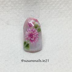 Nail art - babyboomer & one stroke pink flower