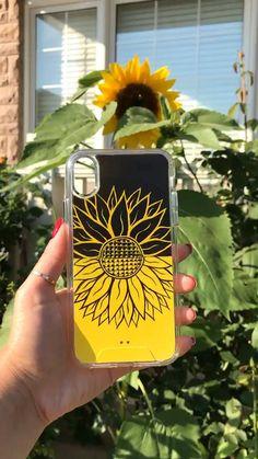 Handmade Shop, Etsy Handmade, Diy Phone Case Design, Iphone 8, Iphone Cases, Girl Phone Cases, Phone Cover, Diy Painting, Diy Gifts