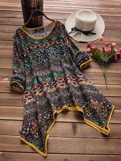 Folk Style Print Asymmetrical T-Shirts Pakistani Kids Dresses, Pakistani Dress Design, Stylish Dress Designs, Stylish Dresses For Girls, Frock Fashion, Fashion Dresses, Pakistani Fashion Casual, Sleeves Designs For Dresses, Kurti Designs Party Wear
