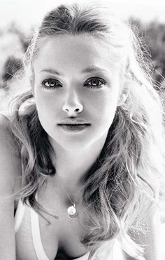 Amanda Seyfried wears a Personalized Disc Necklace