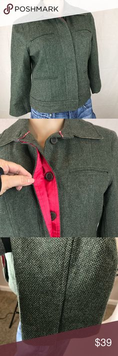 """Tommy Hilfiger Women's Green Button Jacket Size 4 Tommy Hilfiger * Size 4 * Green Jacket/Blazer * Snap Bottom * Button Front with Pink Accent Color * Split Cuffs * Pleated Sides on the Back * Chest and Lower Front Pockets * Under Collar is Tan * Excellent Condition * 69% Wool/25% Nylon/6% Polyester * Fully Lined * 18"""" Bust Laid Flat   See @MensStyleHouse for Top Brand menswear  Shop @KidsCache for the little ones Tommy Hilfiger Jackets & Coats"""