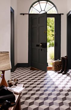 Vintage and Patterned Wall Floor Tiles From Tons of Tiles http://www.periodideas.com/vintage-patterned-wall-floor-tiles-tons-tiles