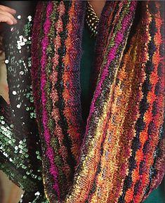 Free Pattern: Slip-Stitch Cowl by Valerie Zumwalt
