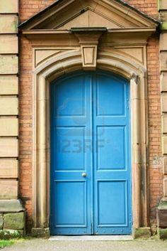 turquoise my next door color!