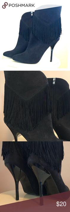 """Nina Heel boots Really fun Nina boots!  Black 5"""" heel from back of heel to bottom  Size 9 Nina Shoes Heeled Boots"""