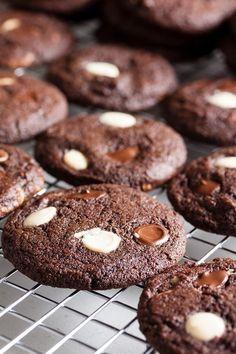 Chocolate Espresso White Chocolate Chip Cookies