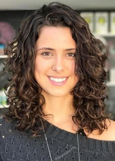 60 Styles and Cuts for Naturally Curly Hair Medium Layered Cut for Loose Curls Haircuts For Curly Hair, Curly Hair Styles, Natural Hair Styles, Hairstyles With Bangs, Hairstyle Men, Medium Length Curly Hairstyles, Formal Hairstyles, Curly Hairstyles Naturally Medium, Wedding Hairstyles