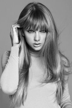 Taylor Swift, US Harper's Bazaar December Someday, when my hair actually wants to grow. I will have this haircut. Estilo Taylor Swift, Taylor Swift Style, Taylor Alison Swift, Live Taylor, Britney Spears, Taylor Swift Interview, Non Plus Ultra, Taylor Swift Pictures, Star Wars
