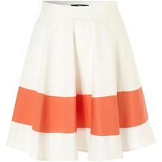 Cute skirt..