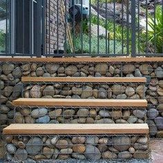 Fascinating Diy Ideas: Natural Fence Bamboo front yard fencing with lights.Fence Stain Back Yard metal fence thoughts.Front Yard Fencing With Gate. Garden Stairs, Backyard Fences, Garden Fencing, Backyard Landscaping, Garden Gate, Fence Design, Garden Design, Gabion Retaining Wall, Glass Fence