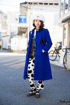 """tokyo-fashion: """"Vintage-loving electrical engineer Lana on the street in Harajuku wearing a long blue coat from Sankaku with a New York Joe top, Pameo Pose hat, and cow print pants. Japanese Street Fashion, Tokyo Fashion, Harajuku Fashion, Fashion News, Harajuku Style, Fashion 2015, Cute Fashion, Girl Fashion, Vintage Fashion"""
