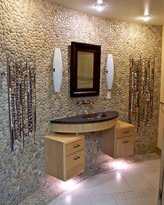 Bagni a mosaico, parete con ciottoli