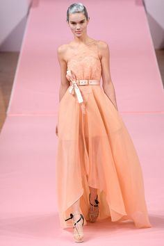 Style.com / Designer: Alexis Mabille / Model: Odile Coco (MARILYN) / BELT / Womens / Ladies / Accessories / Pale / Asymmetrical / Bow / Cinched Waist