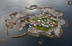 Grip, Norway by Lasse Tur