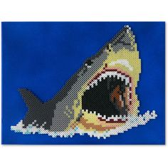 This ferocious shark is effectively brought to life by designer Kyle McCoy. Melty Bead Patterns, Perler Patterns, Beading Patterns, Hama Beads, Fuse Beads, Perler Bead Designs, Peler Beads, Melting Beads, Perler Bead Art