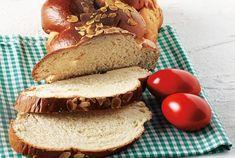 Εύκολα τσουρέκια χωρίς ζύμωμα από την Αργυρώ Μπαρμπαρίγου   Φανταστικά, αφράτα, γρήγορα και εύκολα τσουρέκια που θα φτιάχνετε όλο το χρόνο My Favorite Food, My Favorite Things, Favorite Recipes, Food Categories, Sweet And Salty, Bagel, Happy Easter, Sandwiches