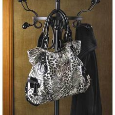 'ANIMAL PRINT SHOULDER BAG' is going up for auction at  8am Tue, Jul 9 with a starting bid of $20.