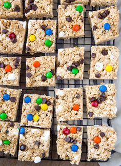 Simple No Bake Monster Bars for a quick afternoon treat. Creative Desserts, Fun Desserts, Dessert Recipes, Bar Recipes, Dessert Ideas, Krispie Treats, Rice Krispies, The Best Monster Cookie Recipe, Monster Bar