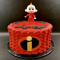 Modeling chocolate for the emblem. 7th Birthday Cakes, Baby Boy Birthday, 4th Birthday Parties, Birthday Bash, Birthday Ideas, Incredibles Birthday Party, Fondant Bow, Marshmallow Fondant, Fondant Tutorial