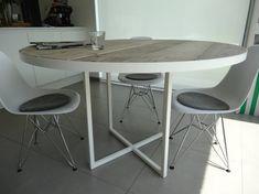Industriele ronde tafel steigerhout/rond frame