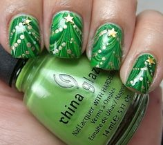 Christmas Nail Art | Ayesha Blog Can u please do this to ur nails this Christmas?