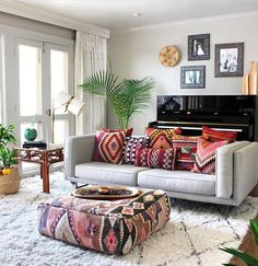 Make your Living room all the more beautiful, cozy, relaxing & boho chic with a bohemian decor. Here are the best Bohemian living room decor ideas for Living Room Pillows, Pillow Room, Boho Living Room, Home And Living, Living Room Decor, Bedroom Decor, Bohemian Living, Boho Room, Couch Pillows