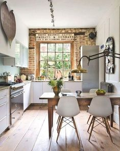 So in love with this... via @unknown #scandinavian #kitchen #simplicity #homevibes #homedecor