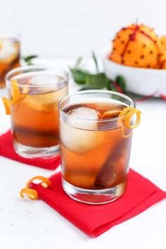 Set the table for thanks this season with this spiced right Organic Cardamom Orange Old Fashioned from Simply Organic. #OrganicMoments