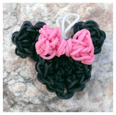 Minnie Mouse | Rainbow Loom Charm & Pendant
