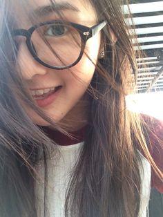 Make your heart believe. Cute Japanese Girl, Cute Korean Girl, Cute Asian Girls, Uzzlang Girl, Girl Face, Cool Girl Pictures, Girl Photos, Makeup Korean Style, Ulzzang Korean Girl