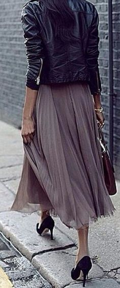 #streetstyle #spring2016 #inspiration | Black Leather + Blush Pleats