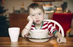 Muitos alimentos parecem ser ótimas opções de lanches: práticos, rápidos e idolatrados pela criançad... - Foto: Evgeni And/iStock
