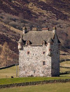 Forter Castle, Kirkton Of Glenisla, Perthshire PH11 8QW, Scotland - www.castlesandmanorhouses.com