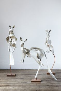 Animal Sculpture by   Anna-Wili Highfield   Anna-Wili Highfield took her experience as a set designer for Opera Australia and began creating magnificent paper animal sculptures.  Far from being replicas of animals, her sculptures are light and airy, seeming to barely hang together.