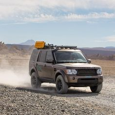 Перегляньте цю світлину в Instagram від @offthegridrentals • Вподобання: 720 Land Rover V8, Land Rover Off Road, Land Rover Defender, Land Rover Discovery 2, Best Suv, Cars And Motorcycles, Offroad, Dream Cars, Range Rovers