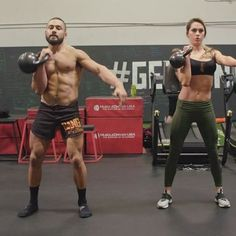 Try this single kettlebell workout @onnit @jenamays • EricLeija.com is live! Check out my Online Primal Kettlebell Course it's 50% off! Link in my bio. . My Primal Kettlebell Course Outline: Lesson 1: Intro to Kettlebells Lesson 2: Safety Precautions When Using Kettlebells Lesson 3: Anatomy of The Kettlebell, Different Types of Kettlebells, Grips & Ready Positions . Lesson 4: Kettlebell Warm-Up: Breathing & Preparation Lesson 5: Mobility & Durability Lesson 6: Kettlebell Fundamental...