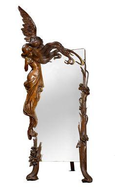 Miroir avec amour et psyché  travail anonyme vers 1900 hauteur : 250cms