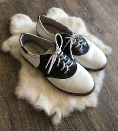 Saddle Shoes, Moccasins, Flats, Link, Fashion, Penny Loafers, Loafers & Slip Ons, Moda, Loafers