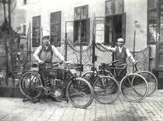 (notitle) - motorcycles - the very first, retro and vintage - Motorrad Historical Photos, Bicycle, Vintage Motorcycles, Black And White, Austria, Vehicles, Retro Vintage, Painting, Art
