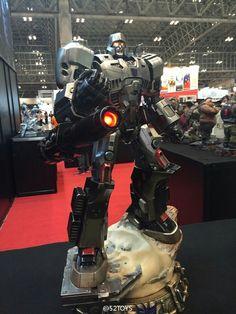 Transformers Decepticons, Transformers Optimus Prime, Hailee Steinfeld, Hasbro Studios, Lego City Police, Cartoon Pics, Sci Fi Fantasy, Cool Toys, Retro Toys
