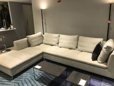FENG, Upholstery Designer : Didier Gomez | Ligne Roset | Furnitura ...