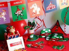 CAJA TEMÁTICA DEL CIRCO - Todo lo que necesitas para la decoración de tu fiesta infantil o cumpleaños temático: guirnaldas, globos, caretas, medallas, vasos personalizados, pajitas, manteles, … y mucho más. ¡¡Celebra tu cumpleaños infantil personalizado más original y divertido!! $40.80