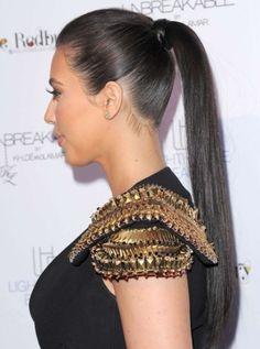 The sleek ponytail is Kim's go-to casual look. #kimkardashian #hair