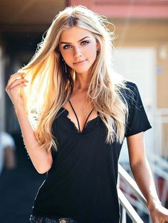 Marina Laswick Plus My Hard Dick – Female Fashion Model Marina Laswick Gorgeous Women, Beautiful People, Actrices Sexy, Marina Laswick, Gorgeous Blonde, Blonde Women, Blonde Beauty, Girl Photography, Ideias Fashion